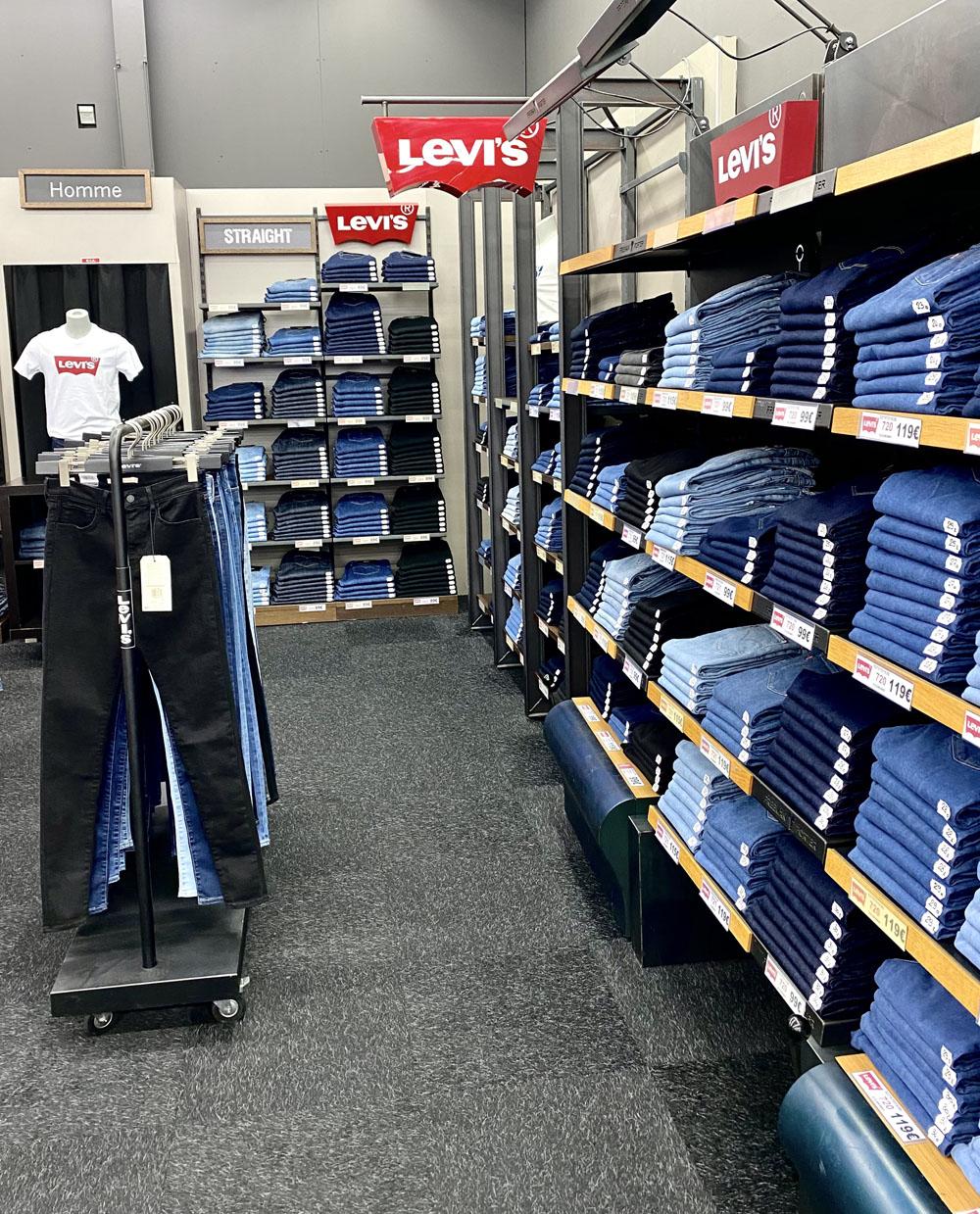 Vente de jeans Levis à Barentin